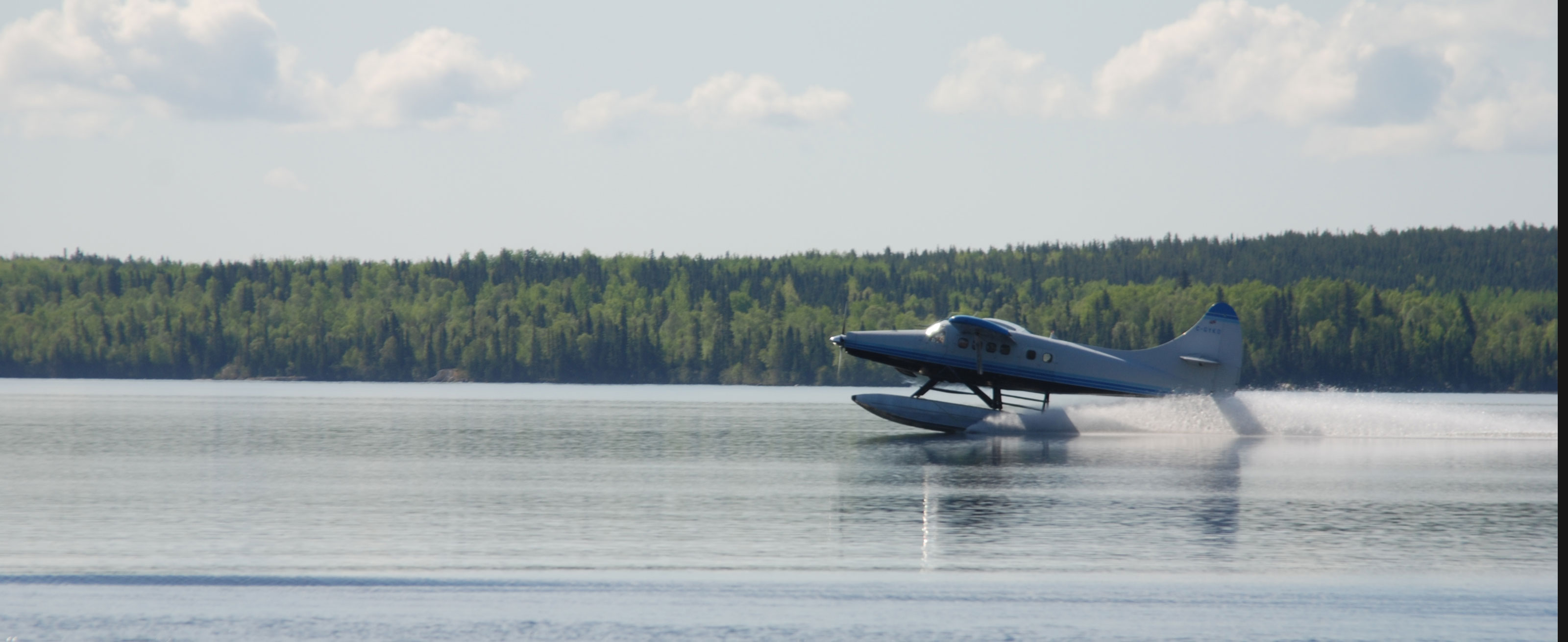 Fly in fishing trips ontaio canada float planes service for Fly in fishing canada